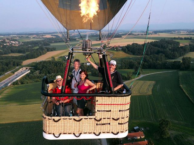 Wheelchair accessible hot air balloon: Handicap Transportation