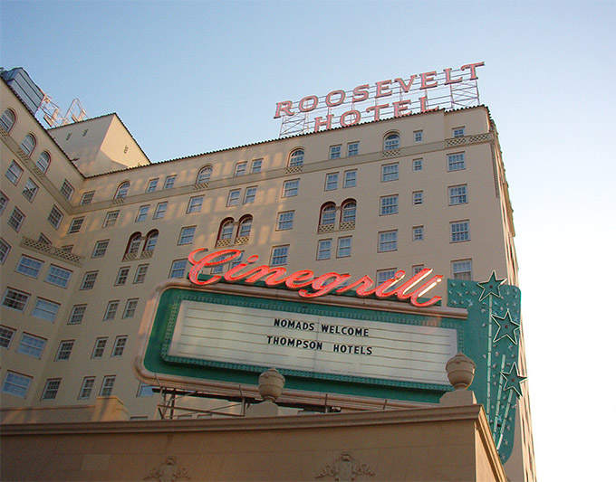 6 haunted hotels with celebrity guests or ghosts wanderu for Roosevelt hotel san diego
