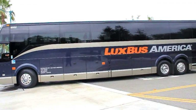 Photo of a LuxBus.