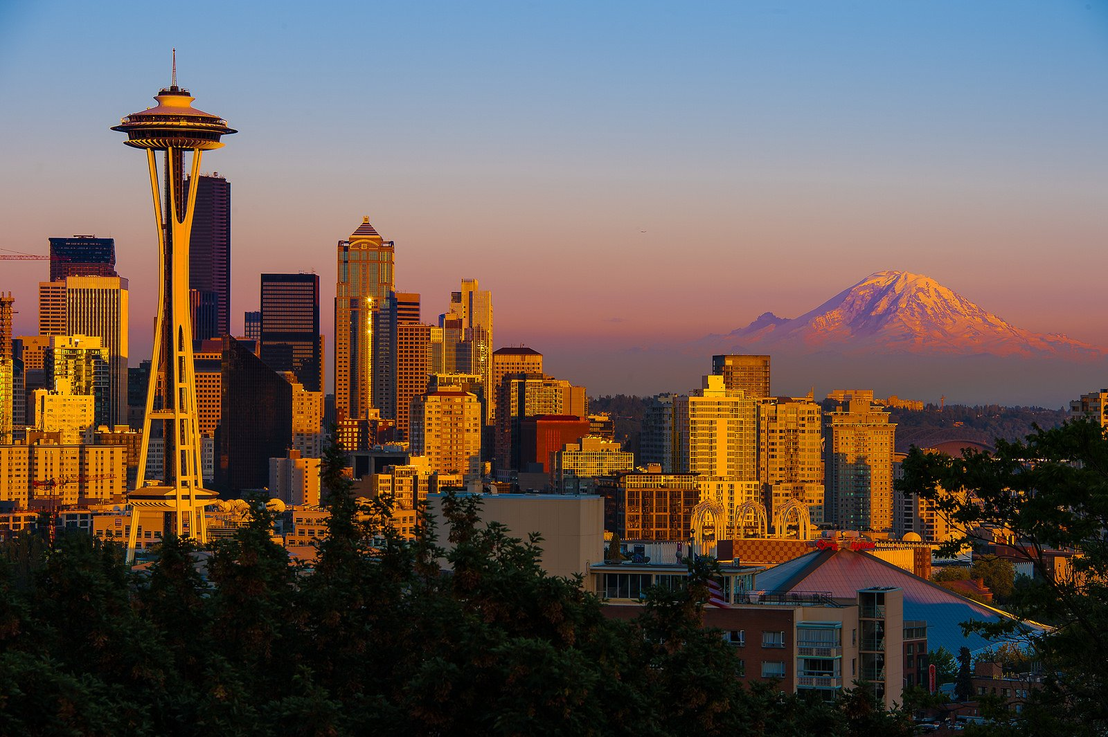 Fall in Love with Seattle: 10 Must-Visit Places in the Emerald City