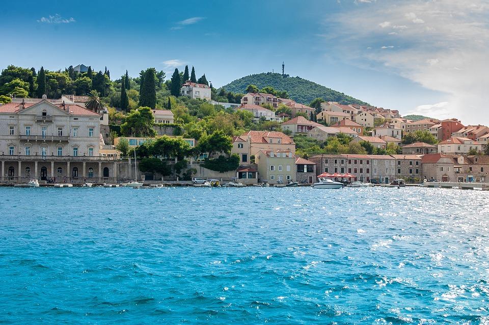 Travel after college to Šibenik, Croatia.