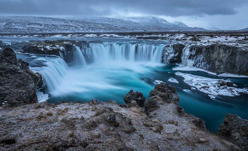 Travel after college to Reykjavik, Iceland.
