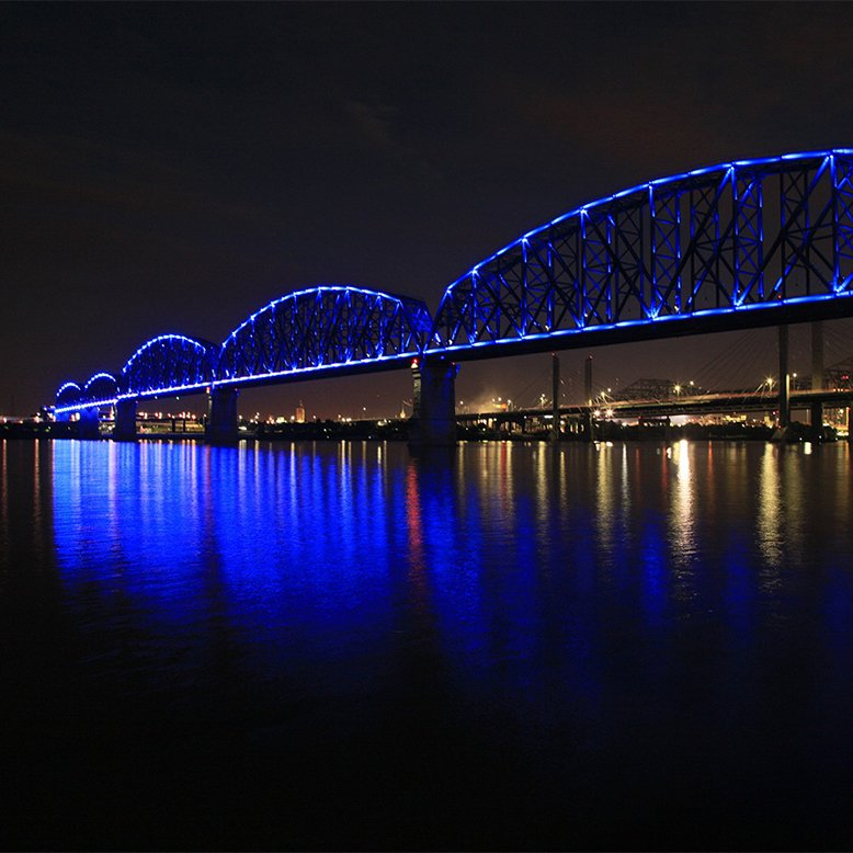 Cheap bus and train travel from Louisville.