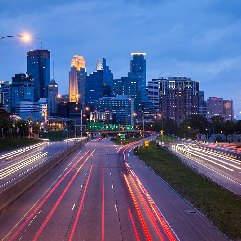 Cheap bus and train travel from Minneapolis.