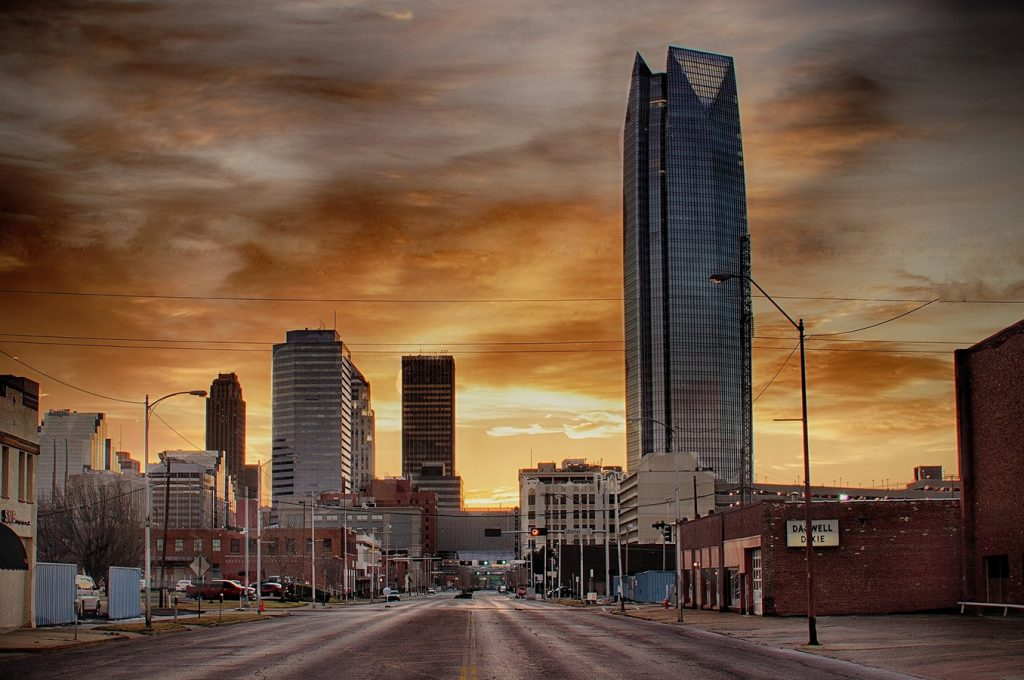 Cheap bus and train travel from Oklahoma City.