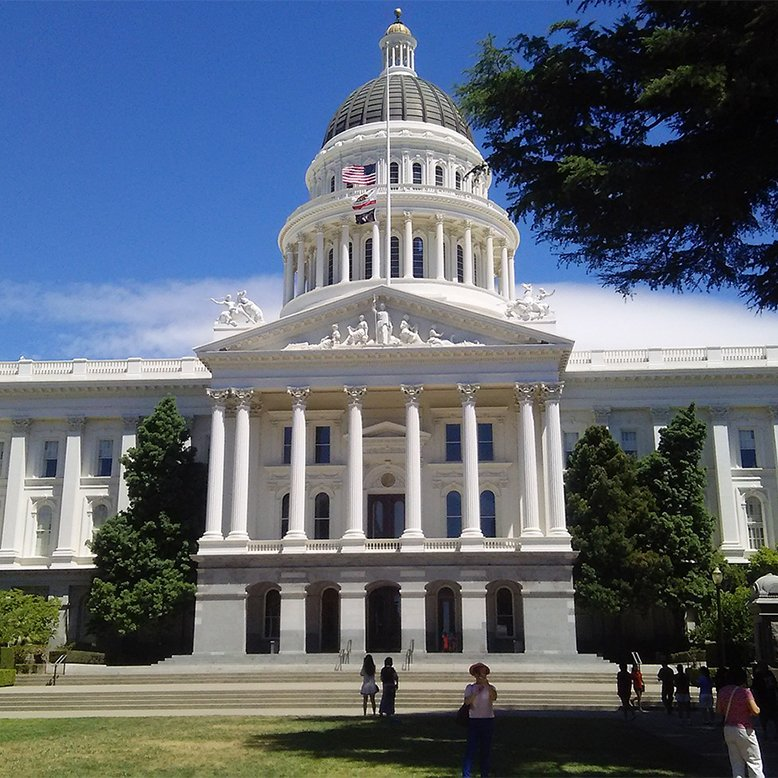 Cheap bus and train travel from Sacramento.