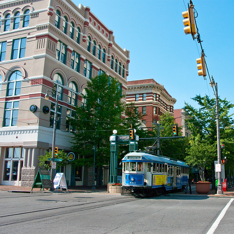 Cheap bus and train travel from Memphis.