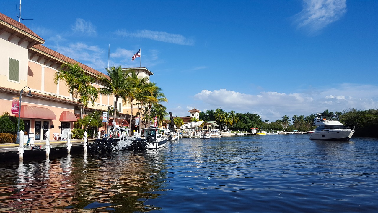 Express Bus to Florida: All the Places You Can Visit in the Sunshine State by Bus