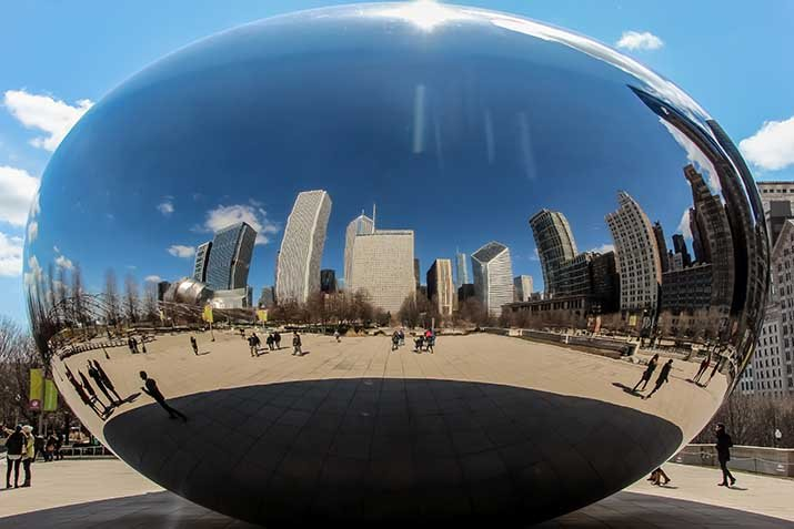 Reflection of the Chicago skyline in the Cloudgate sculpture.