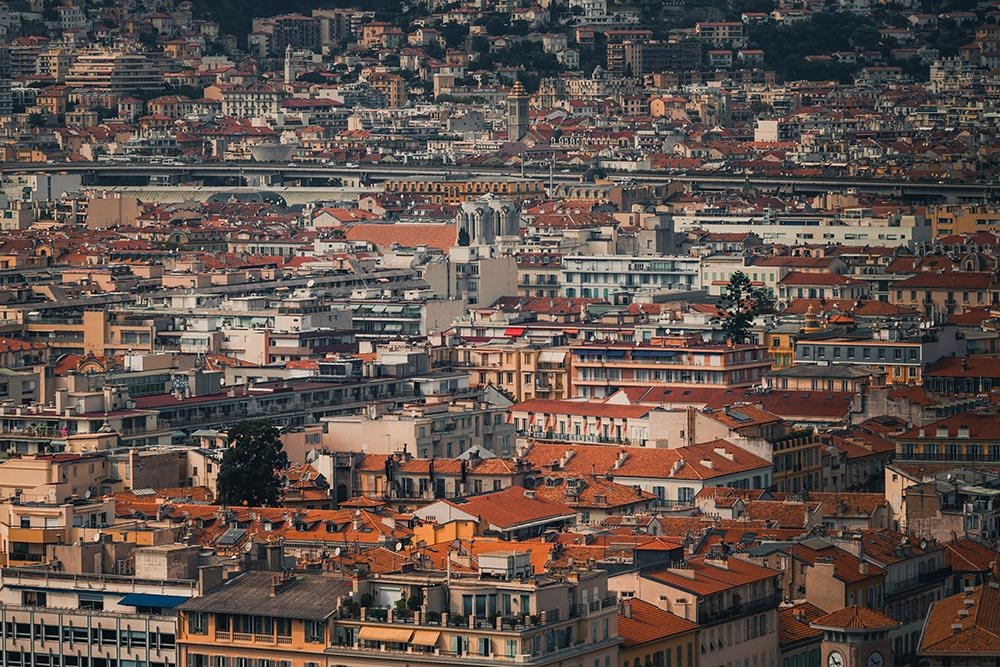 Photo of a view over the French city of Marseille.