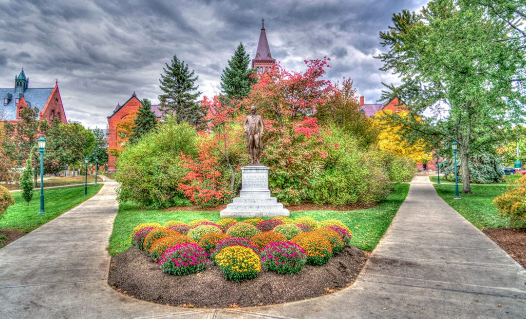 Photo of the University of Vermont in autumn.