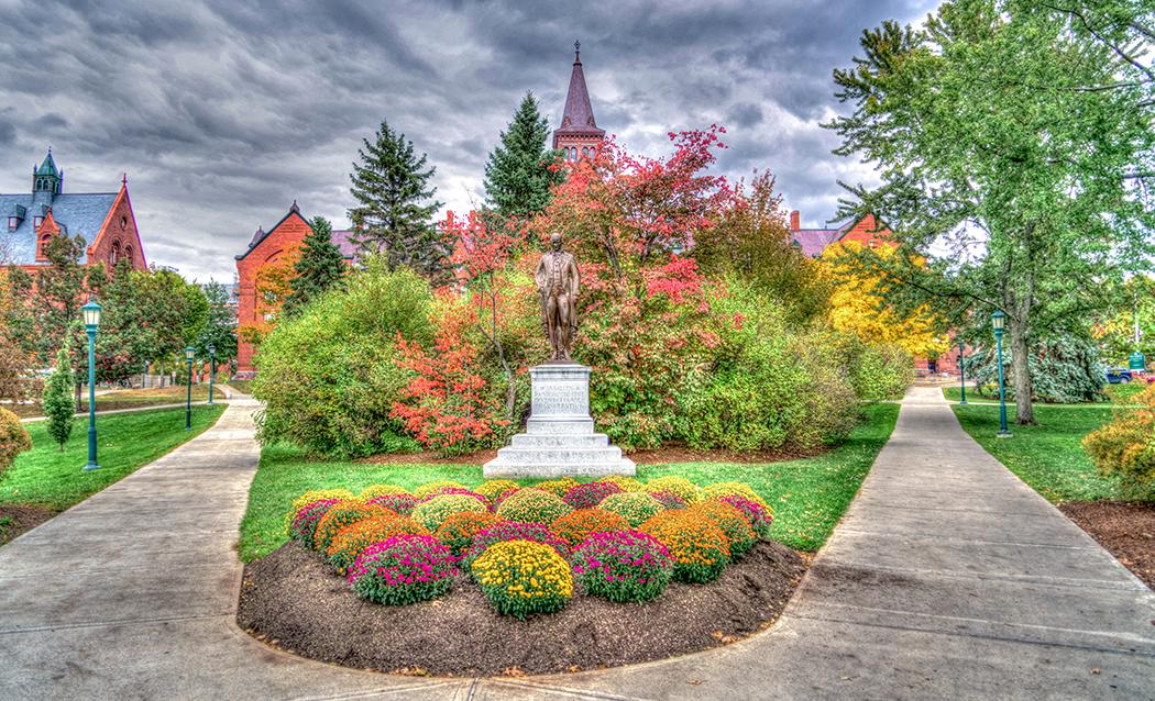 Photo of the University of Vermont in autumn.