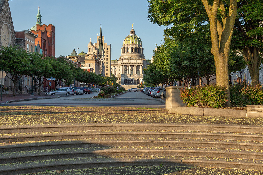Photo of the Pennsylvania state capital in Harrisburg.
