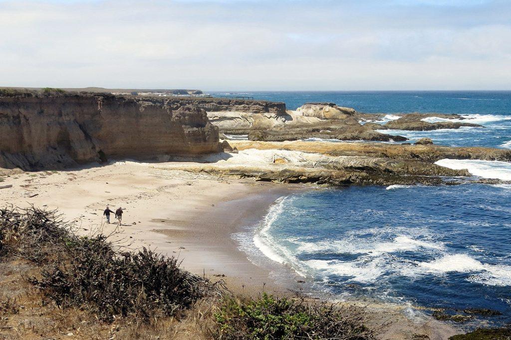 Photo of the beach in San Luis Obispo, California.