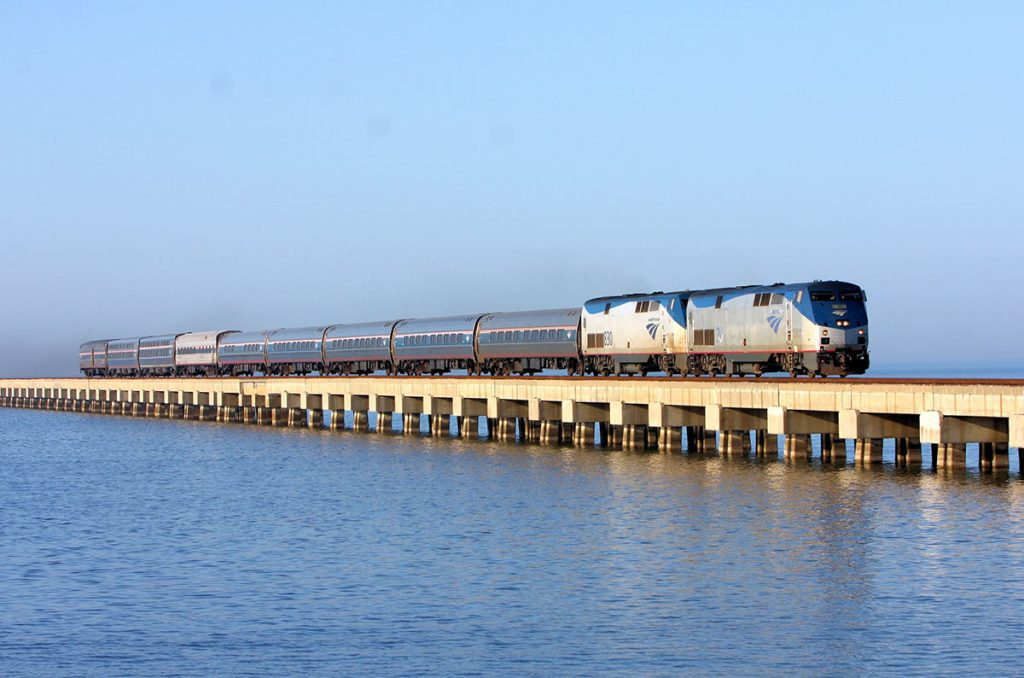 Photo of the Amtrak Crescent train.