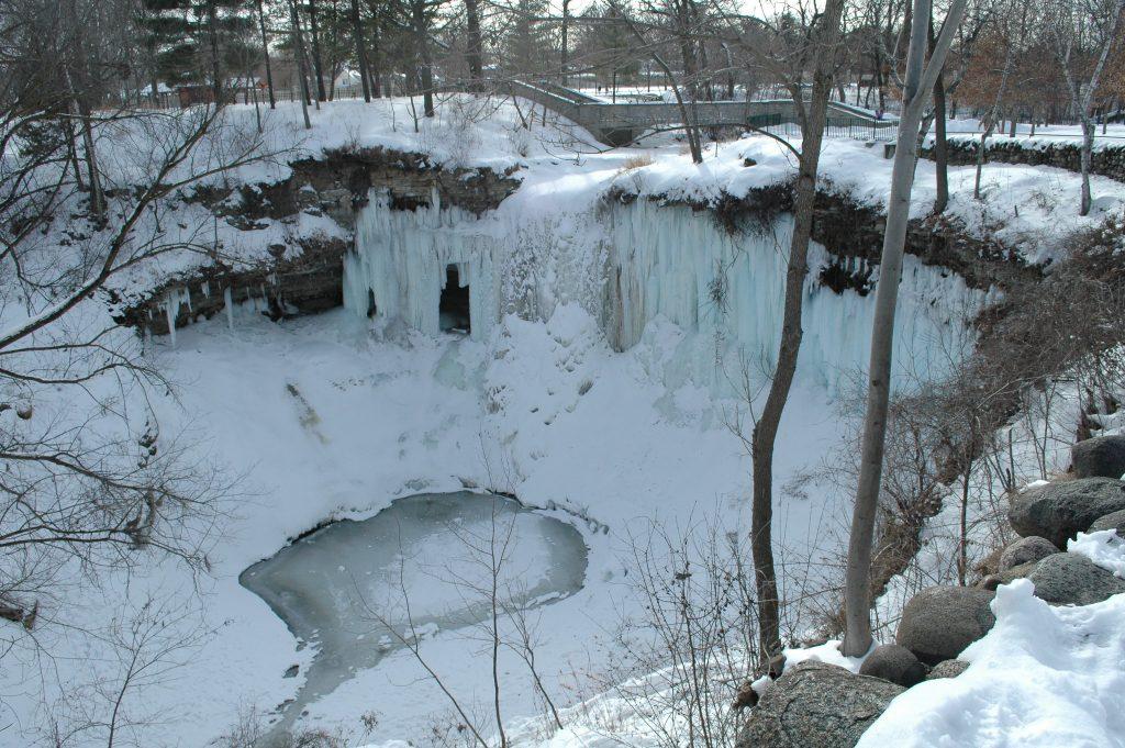 Photo of Lake Minnehaha during winter.