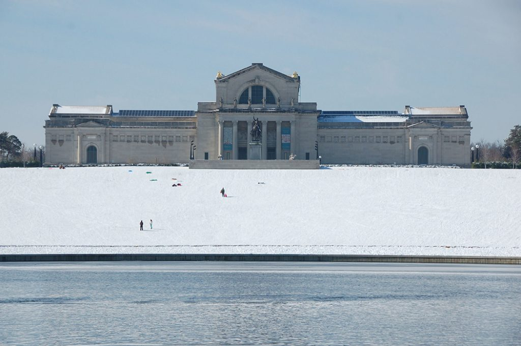 Photo of Art Hill (a popular sledding spot) and the St. Louis Art Museum.