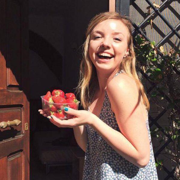 emily-smile-strawberries-small